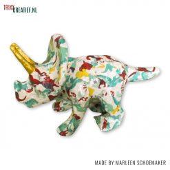 Marleen Schoemaker - AP155 01 Décopatch Triceratops Dino met FDA736
